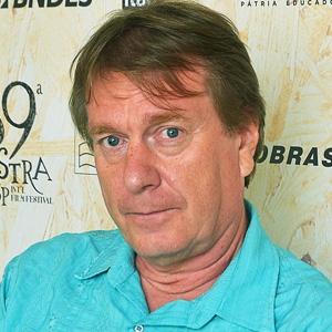 """Mika Kaurismäki, diretor de """"A Jovem Rainha"""" e """"A Volta"""""""