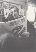 Criando Consenso Noam Chomsky E a Mídia
