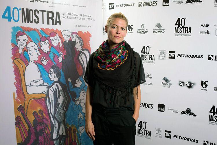 Susanne Regina Meures, diretora do filme Raving Iran